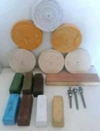 Material para polir metais,acrílicos e resinas