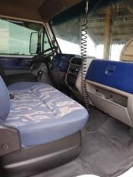 Caminhão vw 8120 worker - 2006