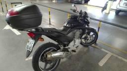 Moto CB 300 em ótimo estado - 2010