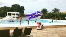 Ferias em Caldas Novas Hotel com Parque Aquatico Piscinas 24hrs Flats Completos