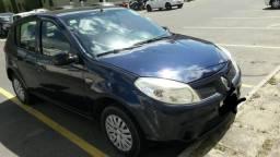 Troca-se em carro mais novo financiado - 2011