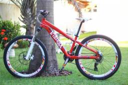Bicicleta vikingx aro 26 com freio a disco e peças Shimano