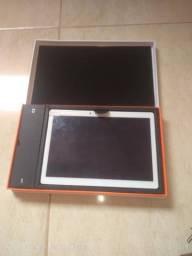 Vendo ou troco tablet de 10.1 polegadas 4 gigas de RAM 128 gigas de memória