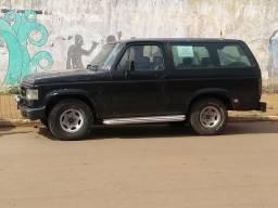 Vendo ou troco bonanza d20 diesel - 1990
