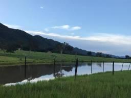 Fazenda 1.100 hectares a 10 km da BR 070 e 120 km de Cuiabá sentido Cáceres