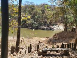 Alugo rancho para eventos, diária. Beira do rio vermelho, cidade e Goiás.