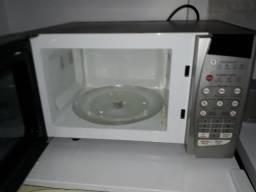 Microondas Electrolux pra vender hj 170.00