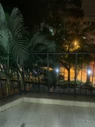Alugo apartamento Jacarepagua com 3 quartos