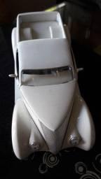 Miniatura em ferro