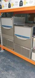 Máquina de gelo 60kg * Marcone