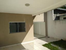 Casa nova 3 quartos sendo 1 suíte porcelanato e armários financia próx a avenida t-9