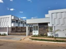 Alugo - Sobrado em Condomínio - 2 Suítes, Sacada, Quintal, 2 Vagas - 507 SUL