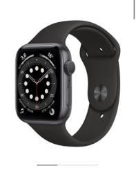 Apple Watch Serie 6 - 44 mm + GPS - Preto - Lacrado