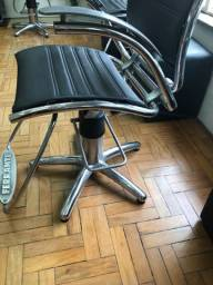 Cadeira cabeleireiro marca Ferrante