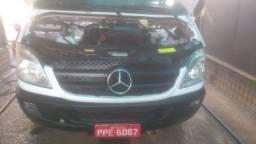 Van Mercedes 15 Lugares - Teto Baixo / Nada pra fazer