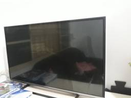 Smart Tv 42 polegadas/ Retirada de peças