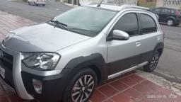 Toyota Etios Cross 2 Dona