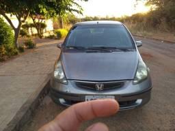Honda fit 2004 14.000