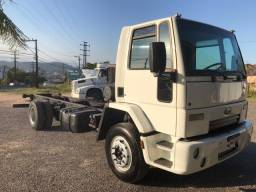 Ford 1317 4x2 2011 chassis