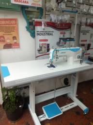 Máquinas de costura Doméstica e industrial