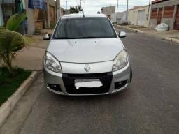 Sandero 1.6 automático, Flex, Renault
