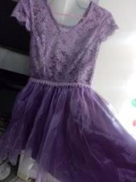 vendo vestido festa dar até 15 anos usado porém bem conservado