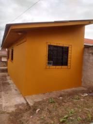 Casa. Aluguel mensal.Fazenda R Grande.Lugar p carro.Prox Puc.Prox ponto de Ônibus.