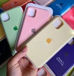 Capinhas iPhone e pulseira Apple Watch