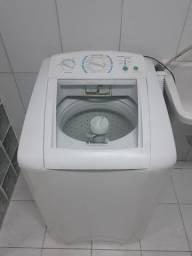 Lavadora de roupas ELLETROLUX TURBO 9 Kg