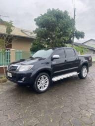 Toyota Hilux Srv Preta Diesel 4x4 (aceito propostas)