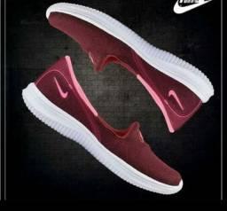 Sapatilha Esportiva Nike