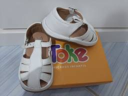 Sandália de couro infantil tamanho 20