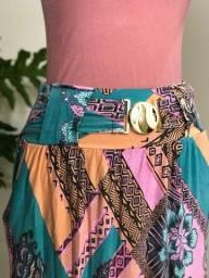 Saia longa colorida com bolsos