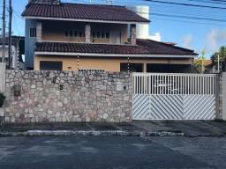 Casa para Venda em Aracaju, Farolândia, 4 dormitórios, 1 suíte, 3 banheiros, 3 vagas
