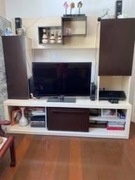 Rack para TV com armarios