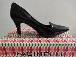 Sapato Scarpin Facinelli