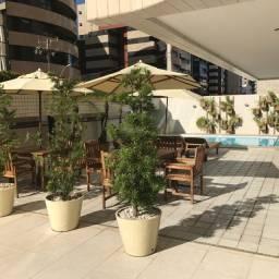 Alugo apartamento na Ponta Verde -180m²-  4 quartos - POR:R$4.000