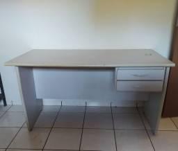 Mesa de escritório/Escrivaninha Grande