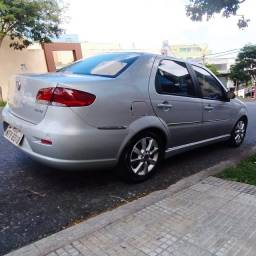 Siena HLX 2010/2010 1.8 8v