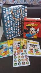 Caixa de gibis do Mickey novo