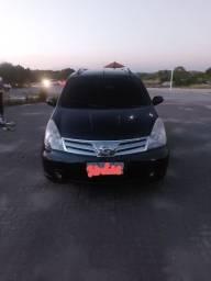 Vendo ou troco Carro Nissan livina 2012/2013.