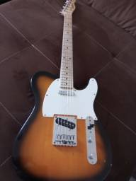 Guitarra Telecaster fender squier e Cubo fender 25r com reverb de mola