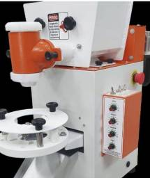 Máquina modeladora compacta print