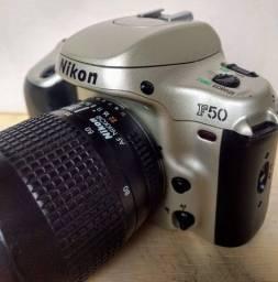 Camera Analogica Nikon F50 + Lente Nikkor 35-80mm