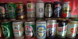 Coleção de Latas de Cerveja Cheias com 145 latas