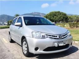 Toyota Etios 1.3 x Completo 2015