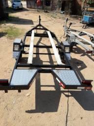 Carreta  de barco de alumínio. 5/6 metro