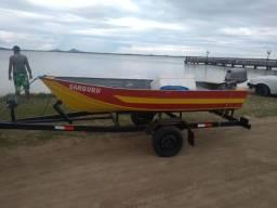 Carretinha com barco e motor