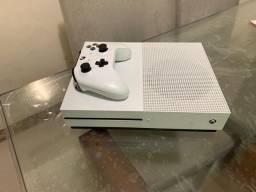 Xbox one s 1,900 estado de zero