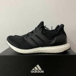 Tênis Adidas ultraboots 4.0